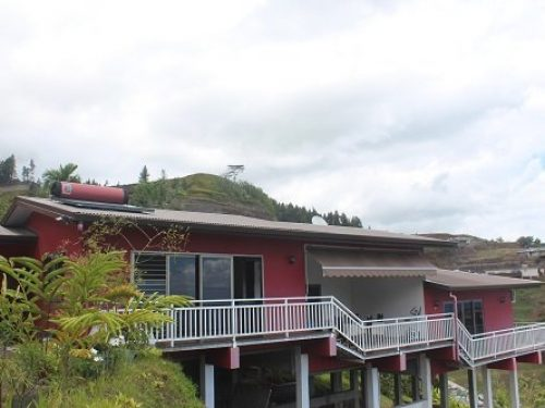 A louer très belle maison F4 standing, hauteurs de Miri, Punaauia