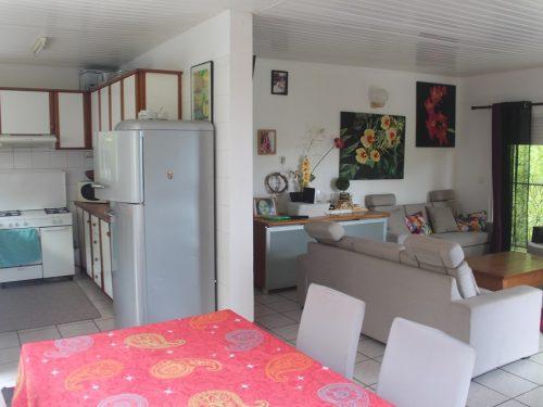 A louer haut de maison F4 au LOTUS, Punaauia.