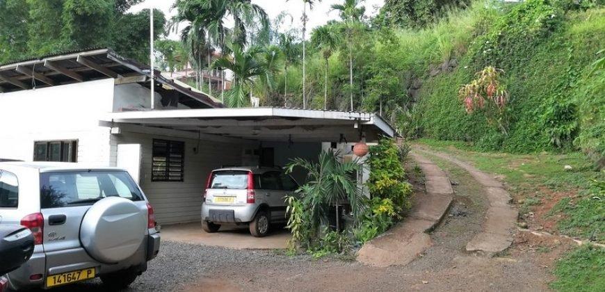 A vendre maison F2 à Faa'a (A rénover)