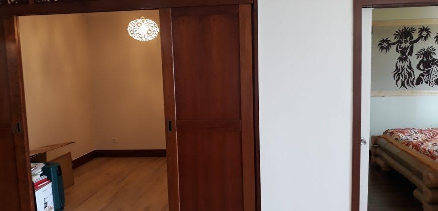 A louer un appartement F3 (Meublé/équipé) début Taapuna, Punaauia (Vue Mer)