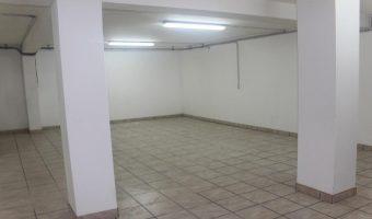 A vendre entrepôt de stockage à Tipaerui, Papeete