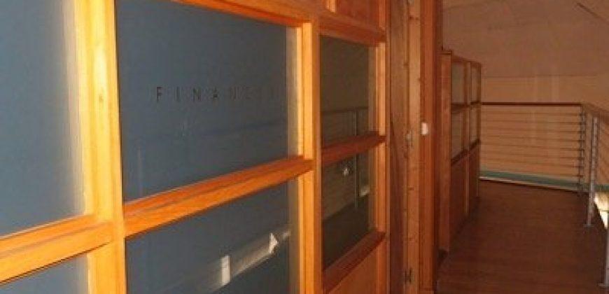 A vendre 2ème étage dans Immeuble à PAPEETE (400M2 au 2ème étage)