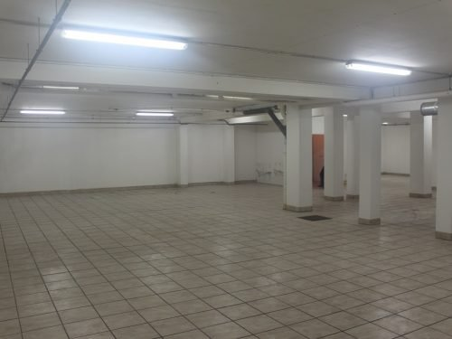 A vendre entrepôt de stockage Tipaerui, Papeete.