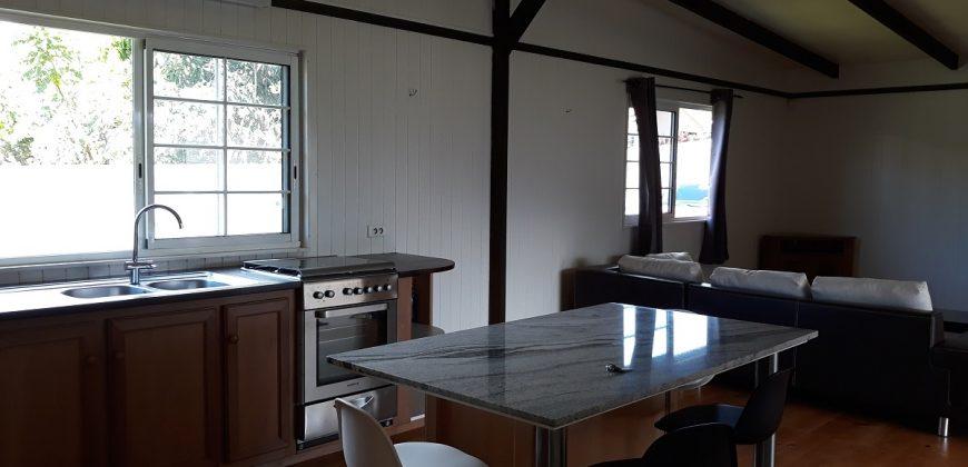 A louer maison F3 (Meublée/équipée/sécurisée) à Mitirapa, Toahotu