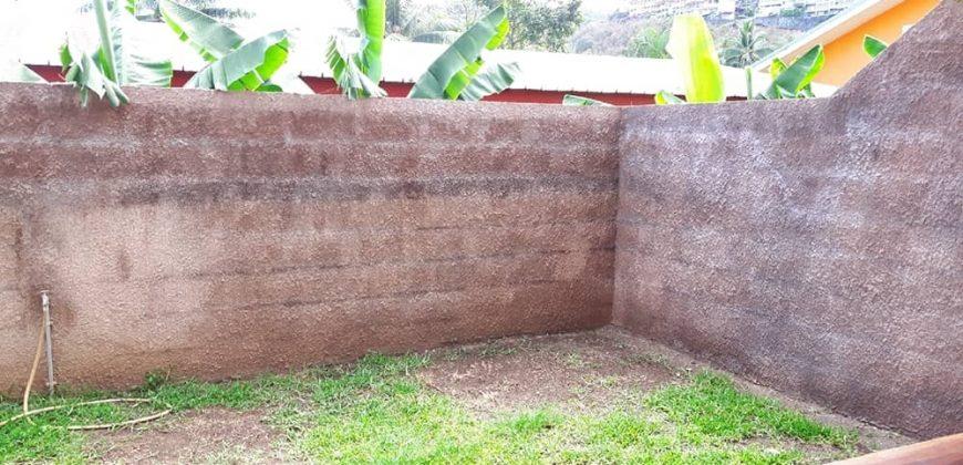 A louer appartement F4 avec jardin privatif à PUNAAUIA