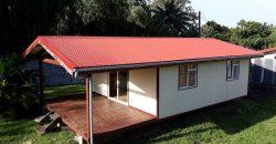 A vendre Maison F2 (Terrain 640M2 Clos) à Vairao