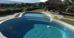 A louer Villa F4 d'exception à Punaauia (Vue Moorea)