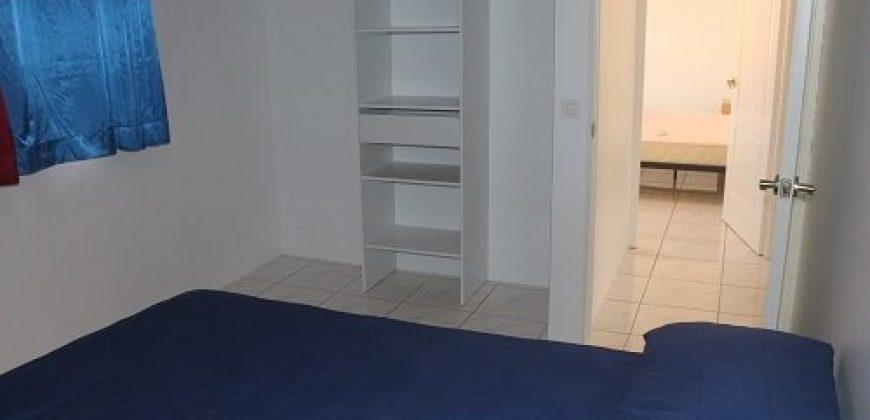 A louer superbe maison F4, début Mahina, (accès privé à la mer )