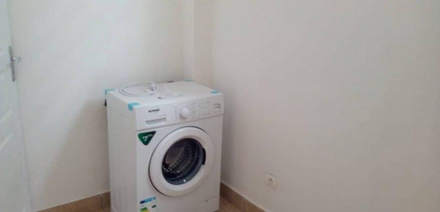 A louer appartement F3 (meublé/équipé) sur les hauteurs de Punaauia – Vue Moorea