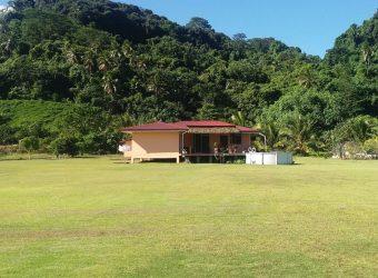 A vendre terrain agricole de 24 464M2 + maison F3 à Papara