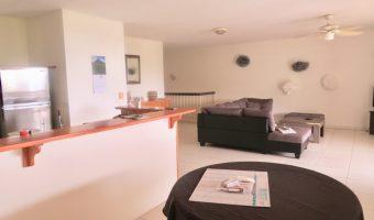 A Vendre spacieux F4 en Duplex à Punaauia avec piscine – Vue MOOREA (Hauteurs)