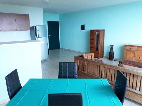 A louer appartement F2 (meublé/équipé) Hauteur de Punavai nui à Punaauia (Vue Montagne-Mer )