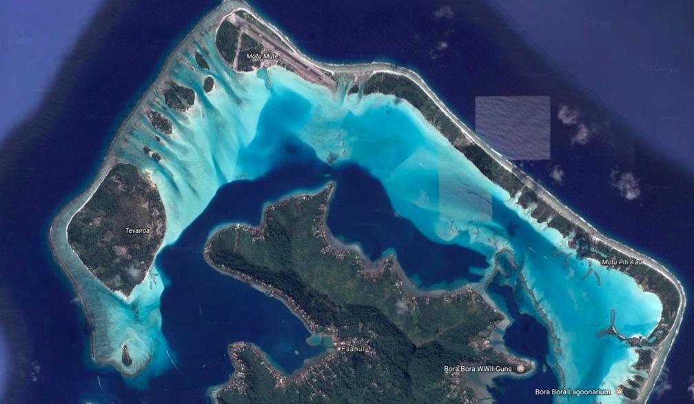Rauoro Bora Bora 2 lots face to the island of Paul Emile Victor