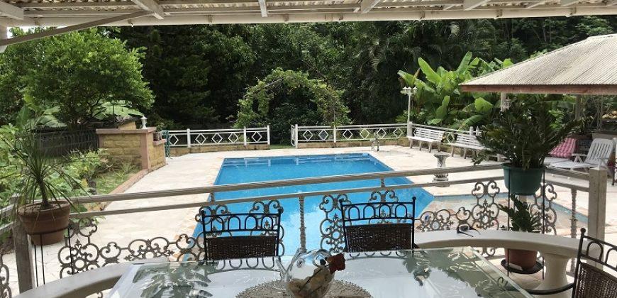 Maison à vendre F4 – Piscine, Fare Pote et Jacuzzi – Punaauia/ Paea