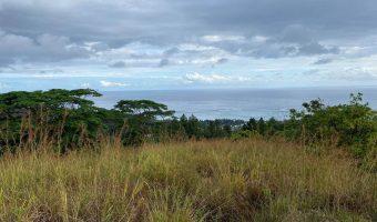 A vendre Terrain 4603m2 mi hauteur Punaauia, superbe vue mer. ( hors lotissement )