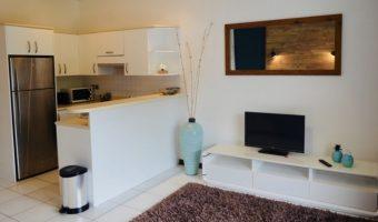 A louer très beau Studio moderne, meublé/équipé/climatisé – PAPEETE